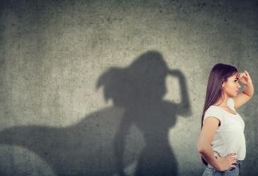 Mujeres, Liderazgo y Poder
